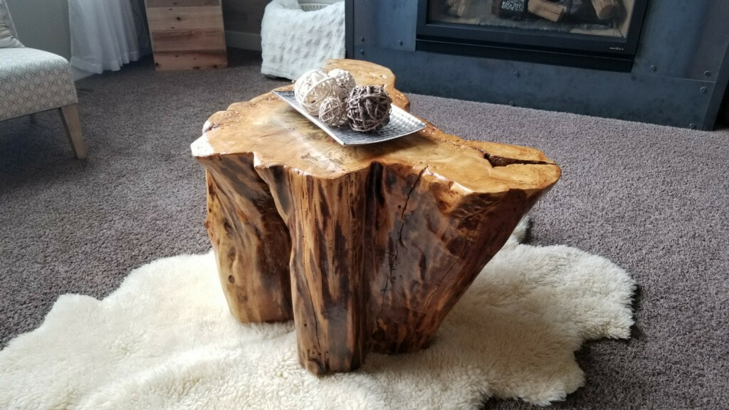 Stump center table