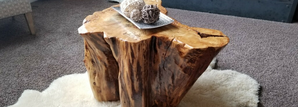 Stump center table