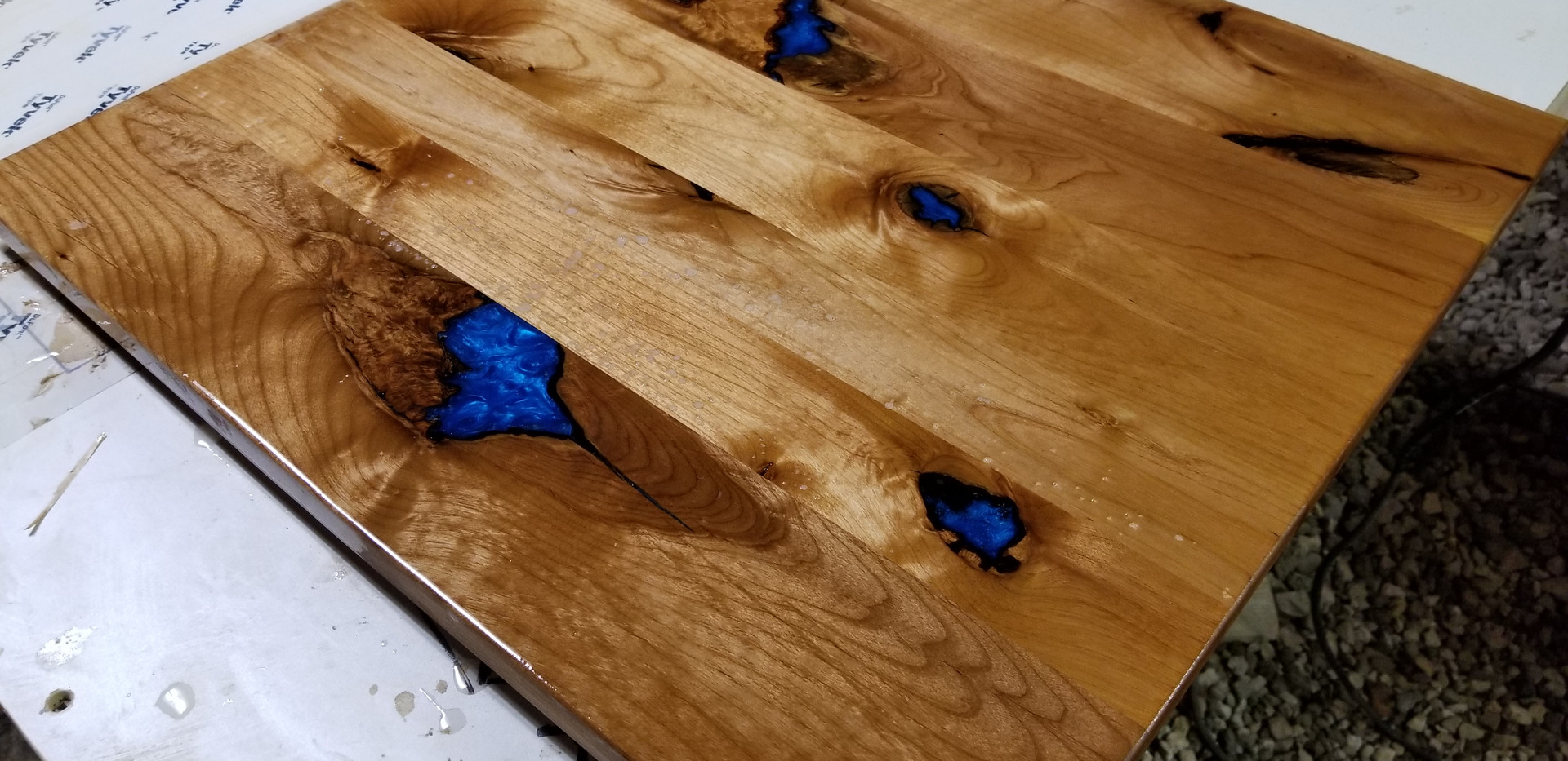 knotty alder blue epoxy slab