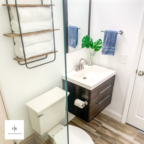 Floating vanity; towel rack can store up to 6 towels