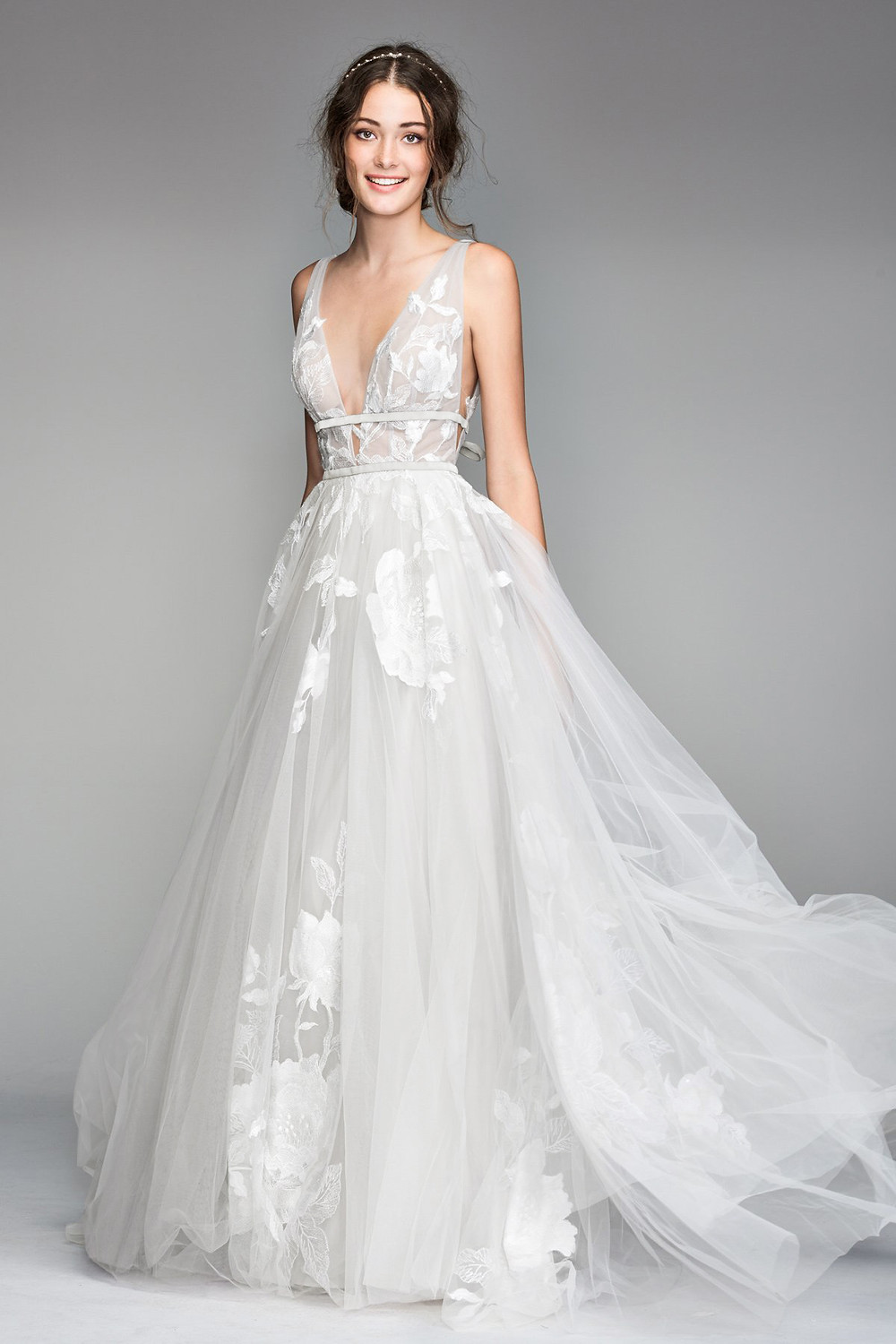 Galatea by Willowby Waters. Wedding dress suggestion for inverted triangle shaped bride. Tulle A-line with deep v-neckline.