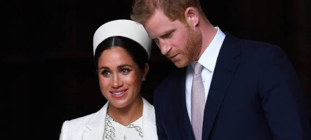 The Royal couple Harry & Meghan attack the press