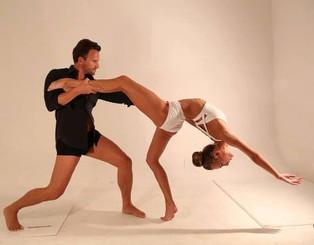 Altin Koruti rrëfen depërtimin e frymës erotike ose ndryshe seksuale të një balerini