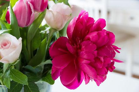 alaska blooms bouquet.jpg