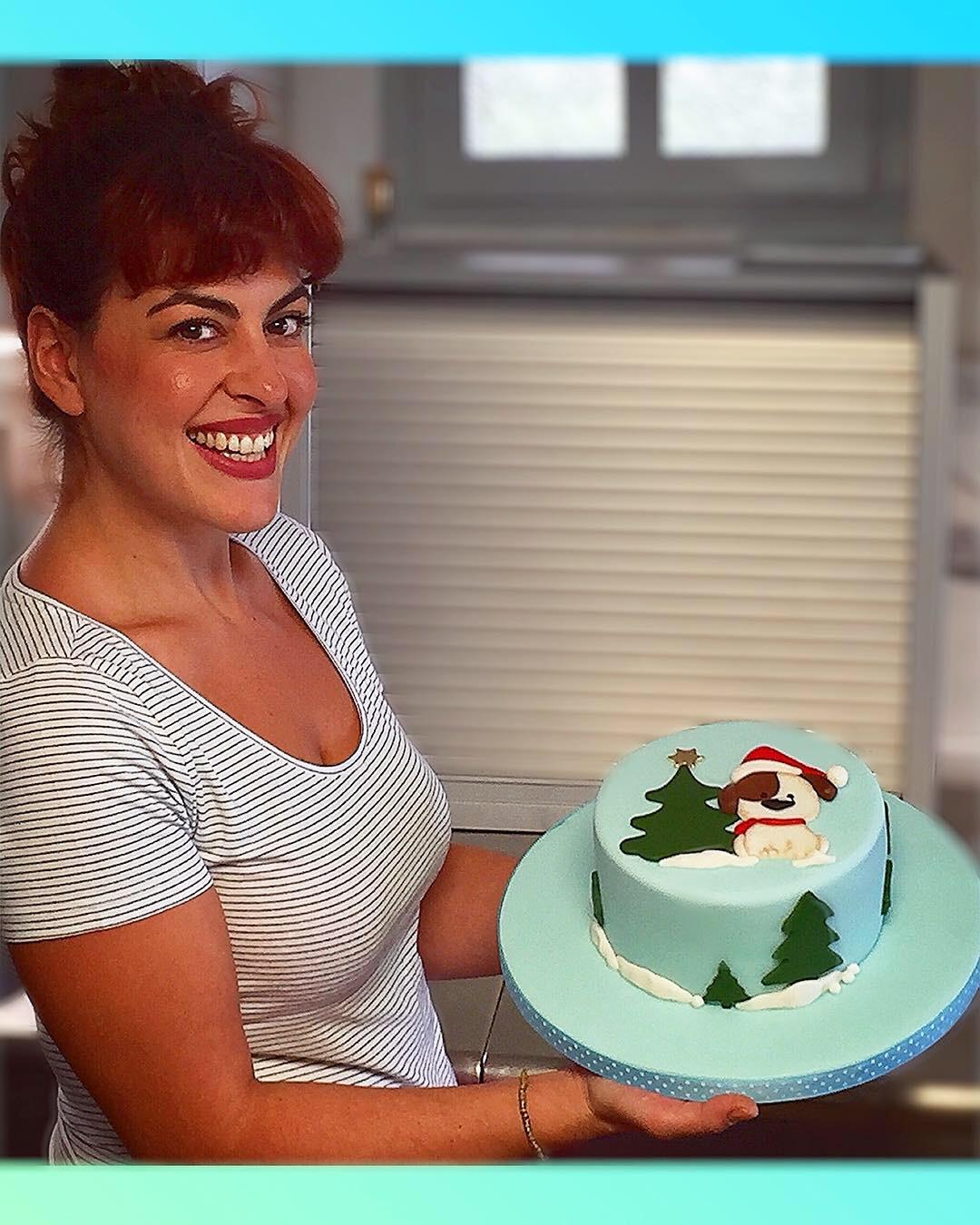 Βασικό σεμινάριο τούρτα με ζαχαρόπαστα