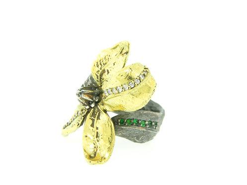 Belladonna Flower Ring