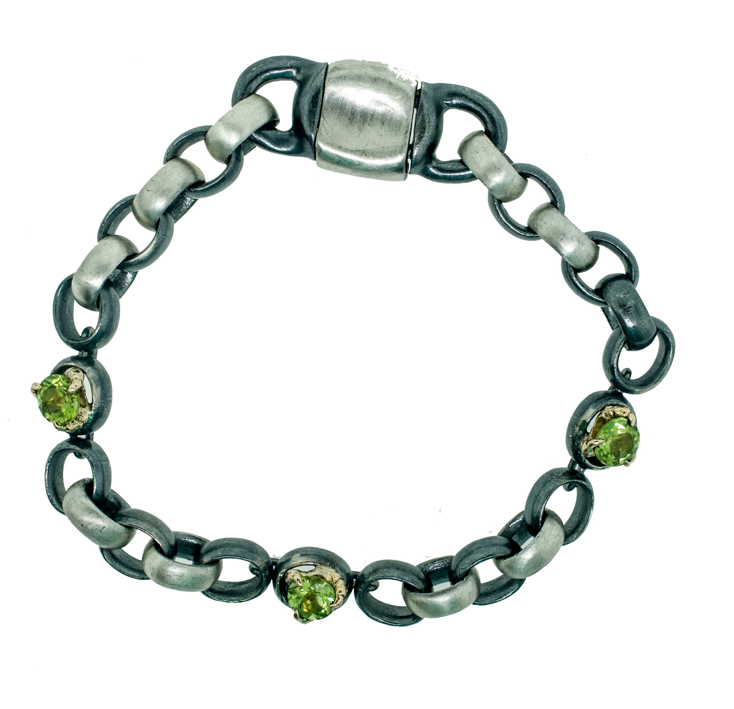 Manvswoman Peridot Claw Bracelet