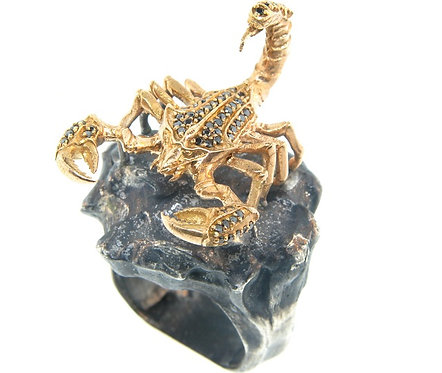 SCORPION GOLD RING