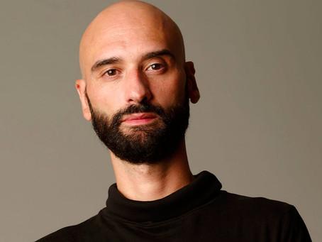 """Eduardo del Olmo imparte en TAI Universidad de las Artes la asignatura """"Industria"""" en 2 DIAE."""