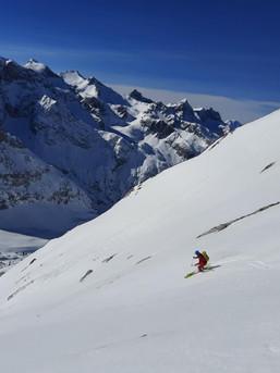 Abfahrt von der Lackenkarspitze im Karwendel