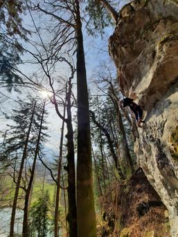 Entspannt Klettern bei bestem Wetter