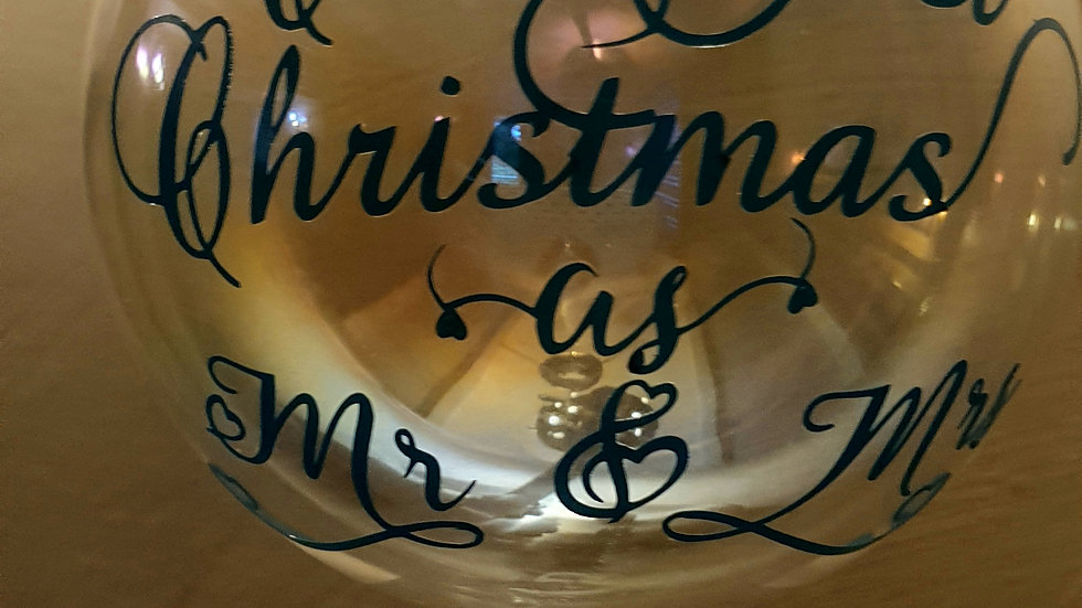 Iridescent christmas bauble