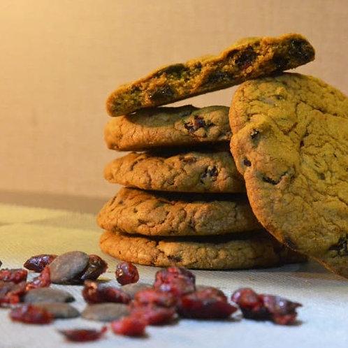 DOUGHBITE5 BAKERY Cranberry Chocochip Cookies