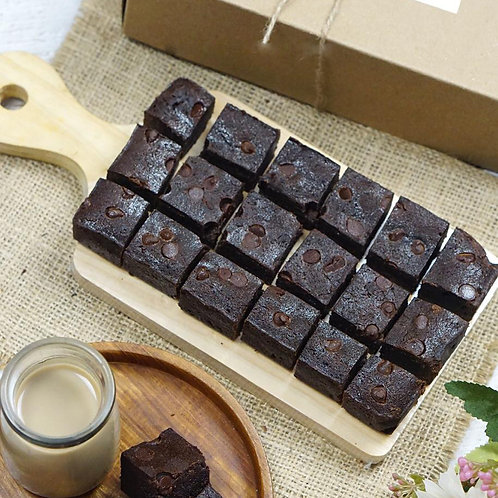 2D MART Fluffy Choco Chip Brownies