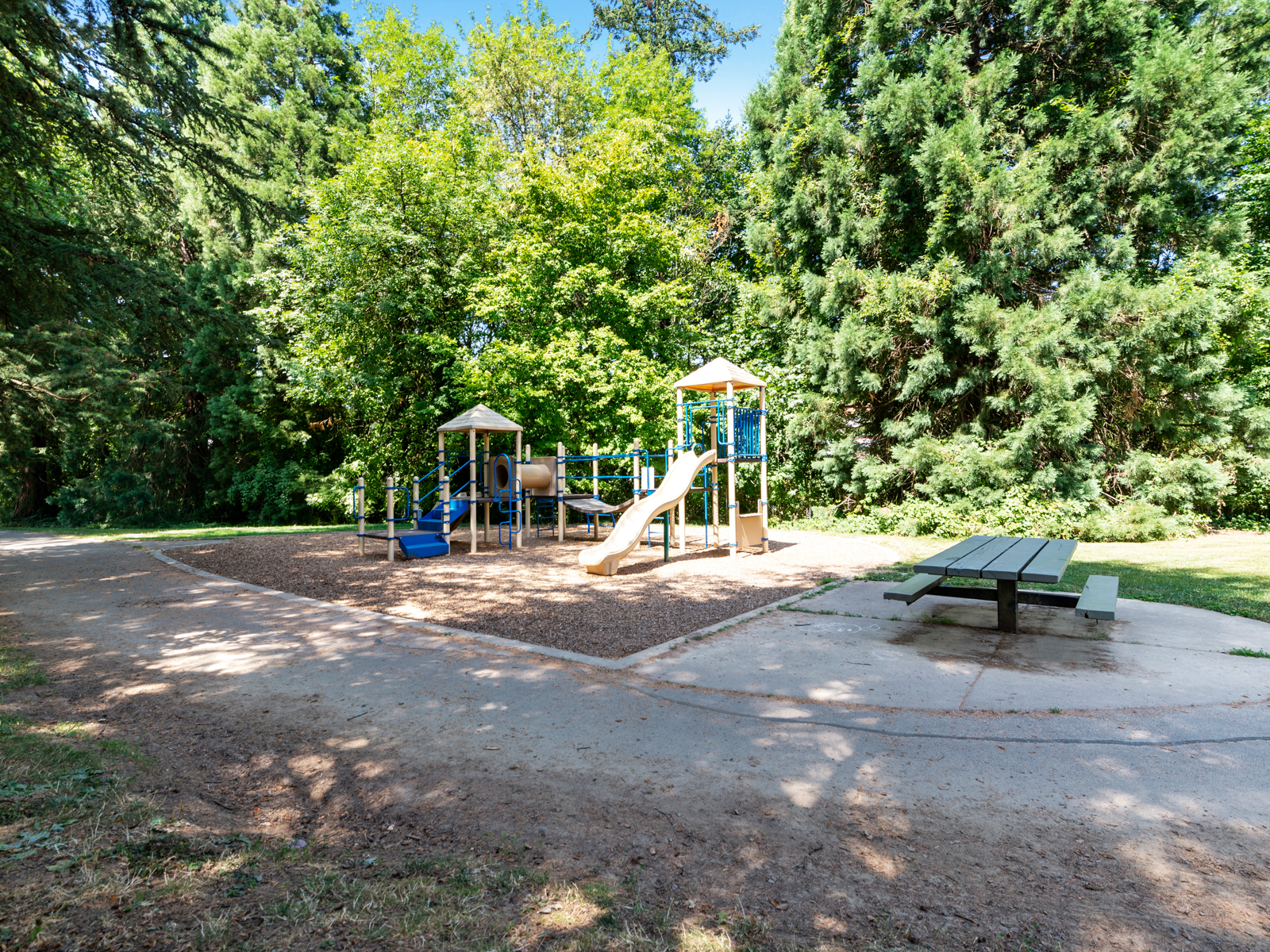 1216 SW Hume St (38 of 39)