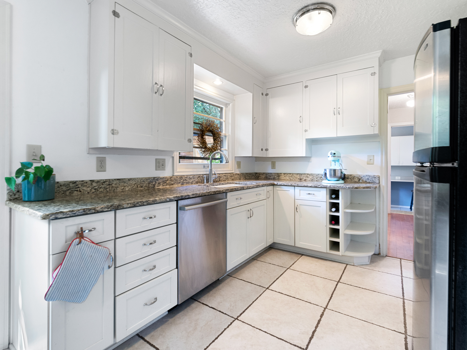1216 SW Hume St (13 of 39)