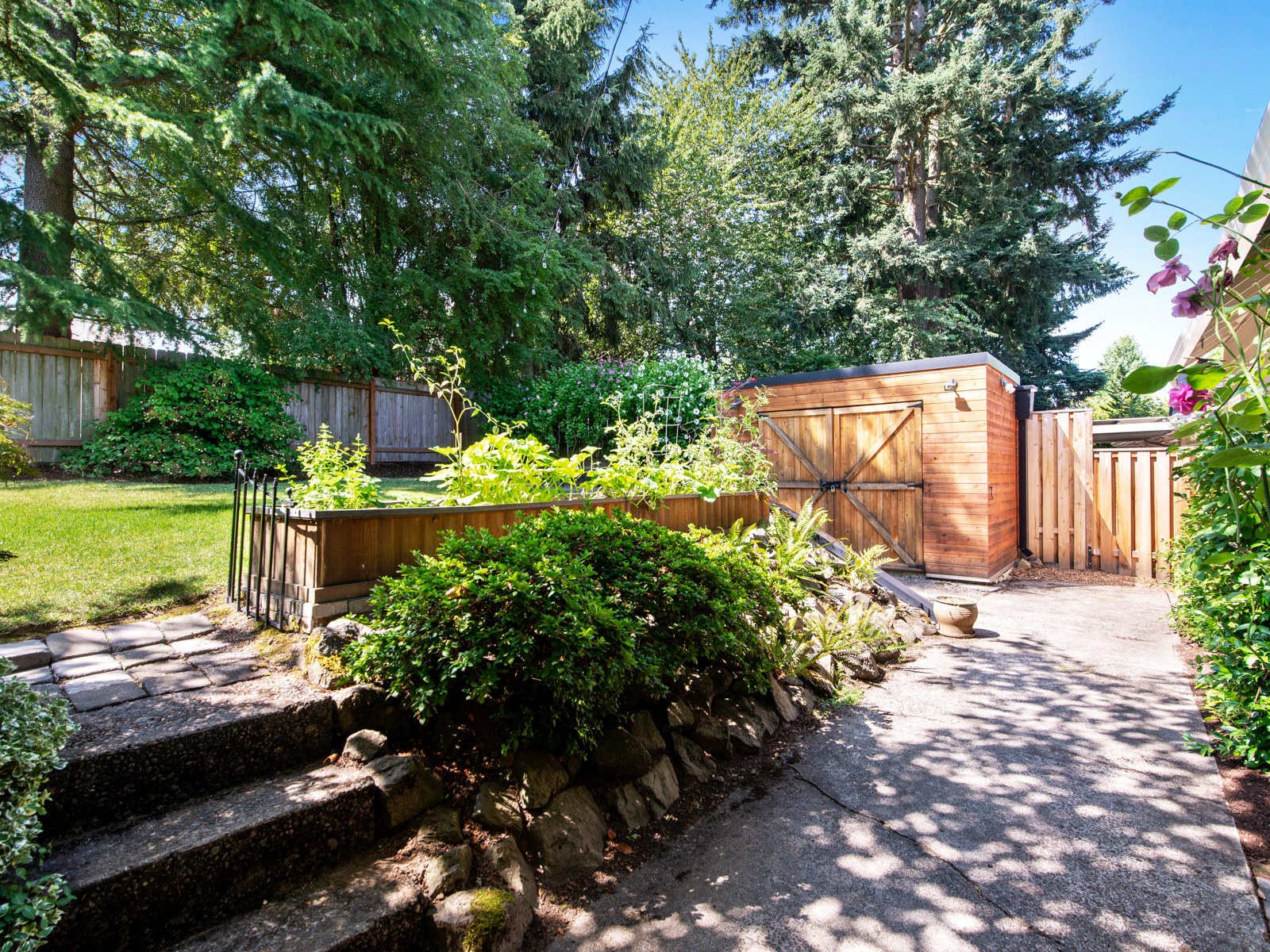 1216 SW Hume St (32 of 39)