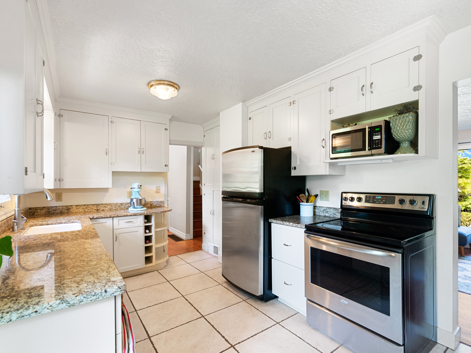 1216 SW Hume St (18 of 39)