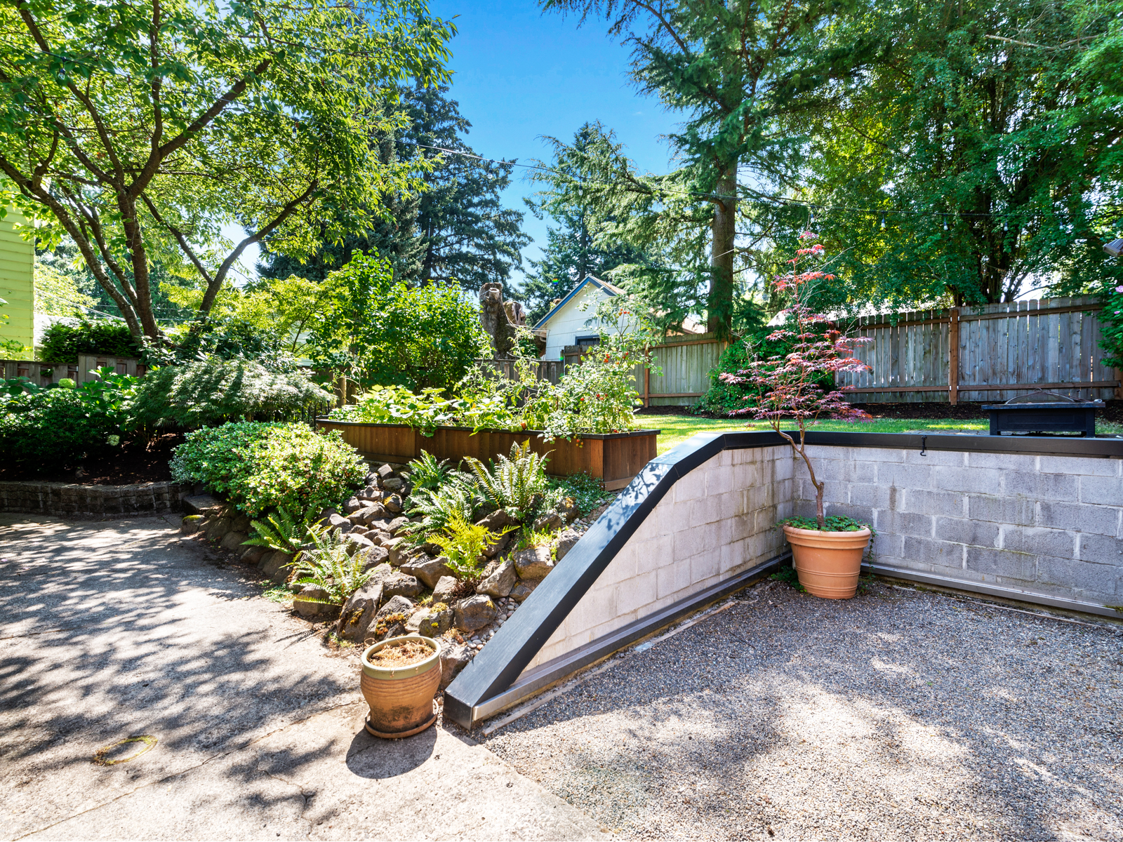 1216 SW Hume St (31 of 39)