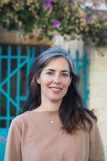 צילומי תדמית - הדס שמואלי, מדריכת סיורים