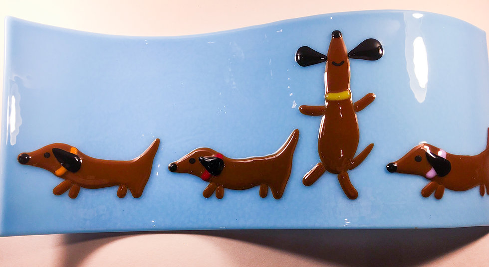 Dancing daschund wave mould