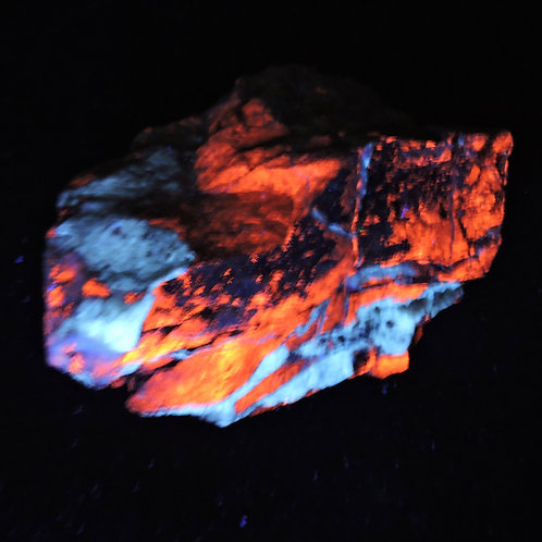 Ultra-Violet minerals (fluorescent activated)