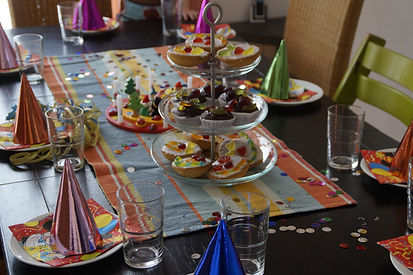 table-celebration-meal-hat-colorful-lunc