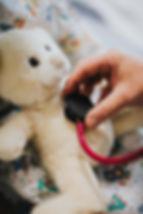pexels- arzt-doktor-gesundheitswesen-151