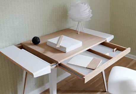 AmbitionsDeskKFI4.jpg
