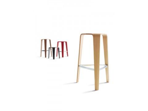 Tre stool from Davis