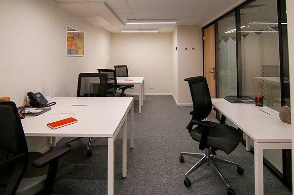 Офис 27м2 на 12 чел. в коворкинге Майдан Плаза Space