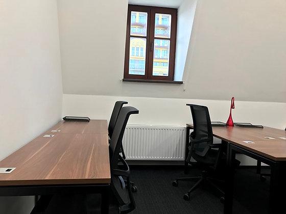 Аренда 2-комнатного офиса 35м2 в коворкинге возле Контрактовой пл. на 8-10р.м.