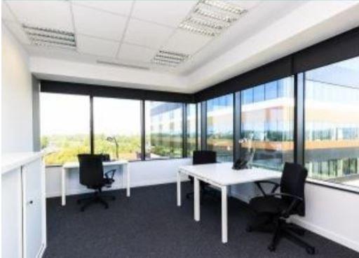 Меблированный офис в Silver Breeze на 10р.м.