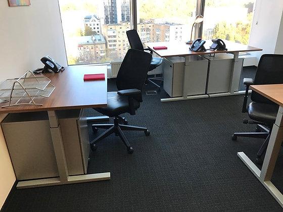 Офис на 10 рабочих мест в БЦ Gulliver