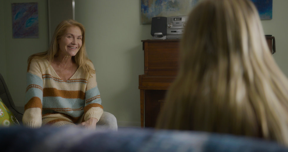 Liz smile 2a.jpg