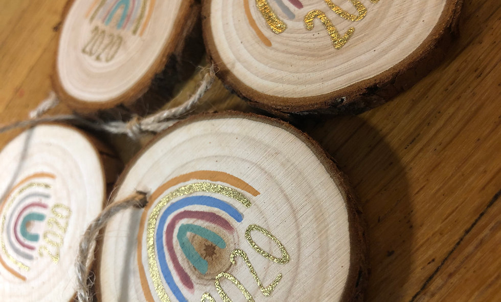 2020 Rainbow Wooden Disc Decoration