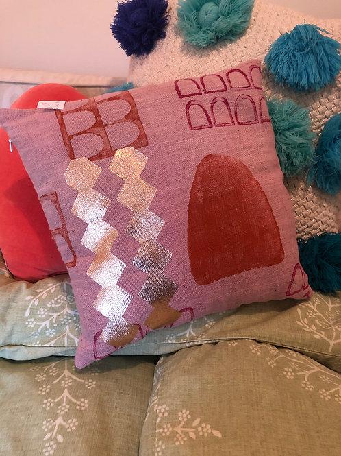 Dongre Cushion