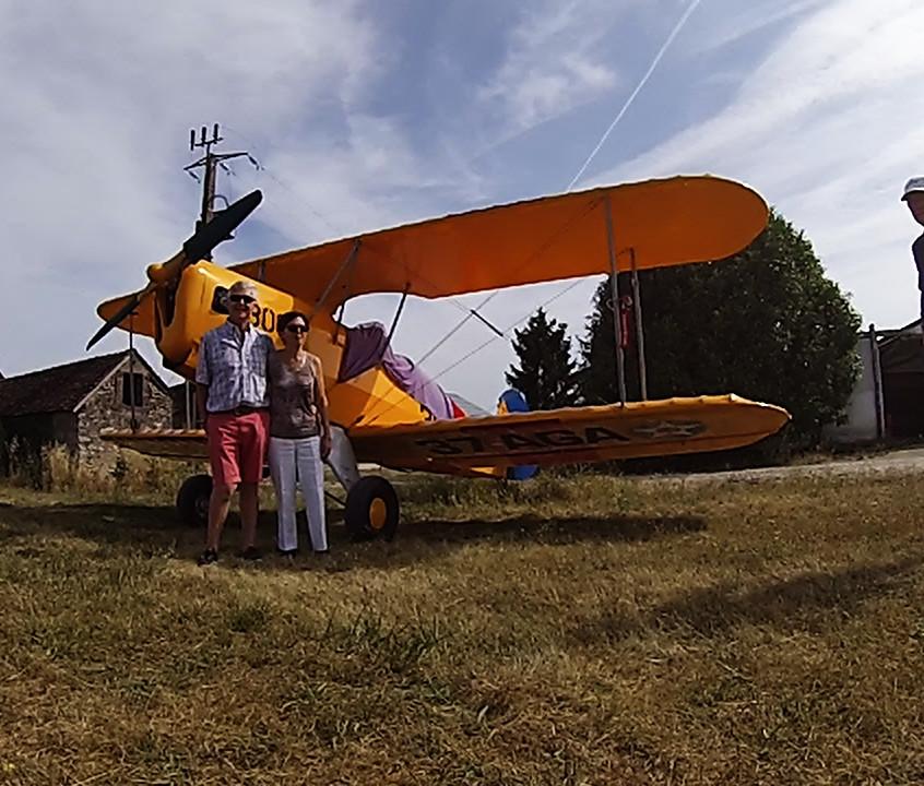 plane fly vintage