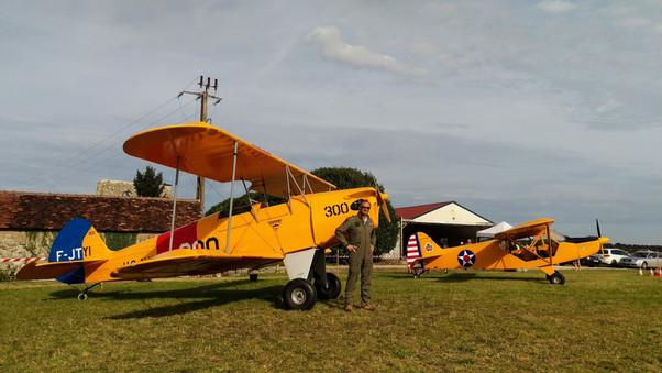 Vol en patrouille à ULM Racan : un spectacle haut en couleurs!
