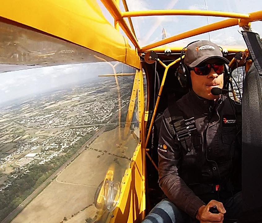 flying  fly vintage