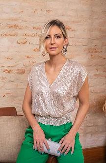 blusa de malha com parte transpassada