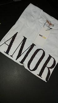 Tshirt Amor & Peace em canutilhos bordados