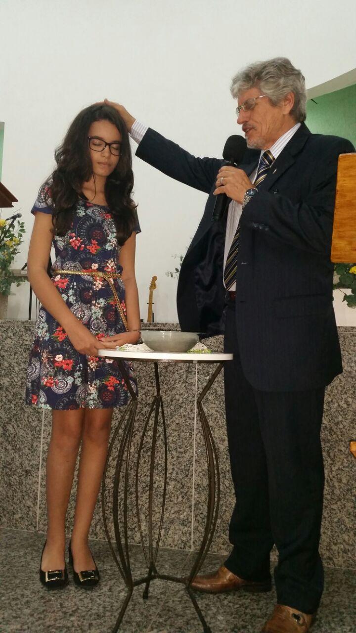 Publica Profissão de Fé e Batismo