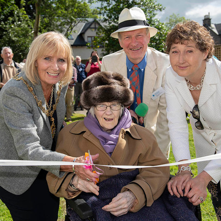 CARE HOME RESIDENTS ENJOY BENEFITS OF NEW AMENITY GARDEN