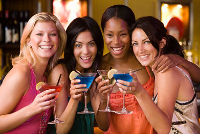 girls night out, party, hamptons, drinking, black car, limousine