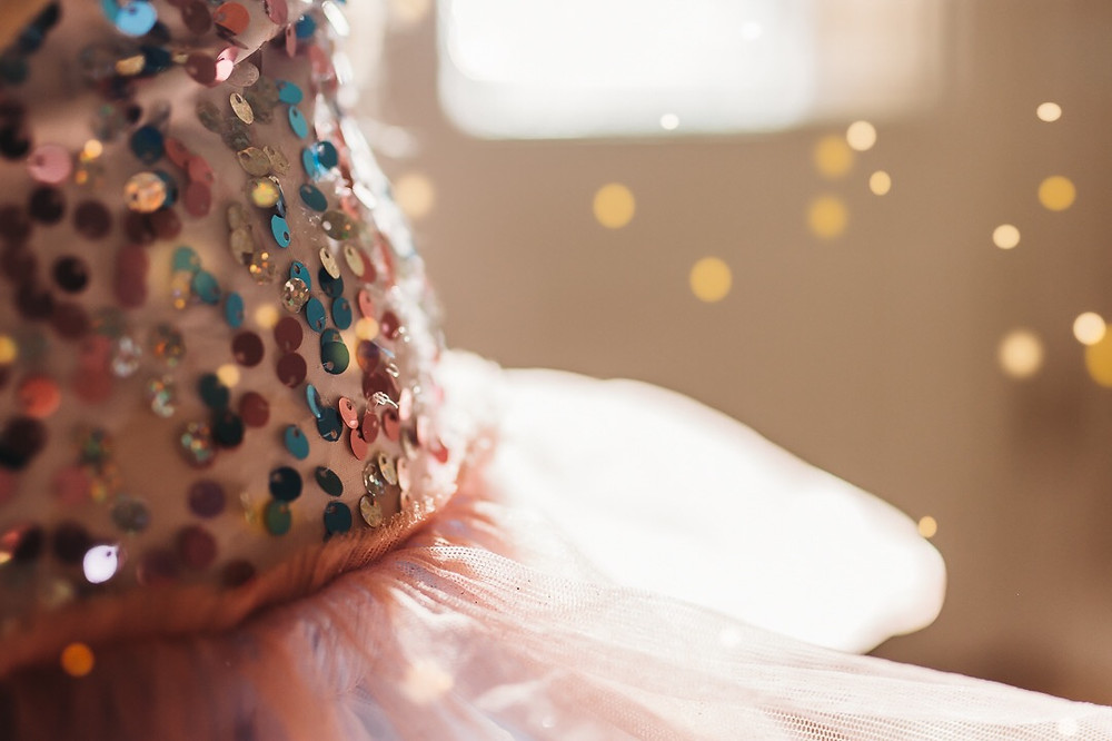 Sequin details & Bokeh by Tara Visconti