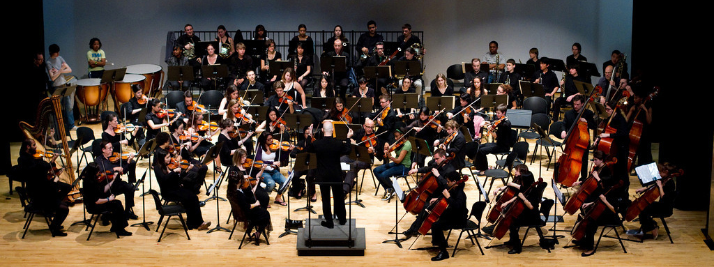 Maestro Huff with Astoria Symphony