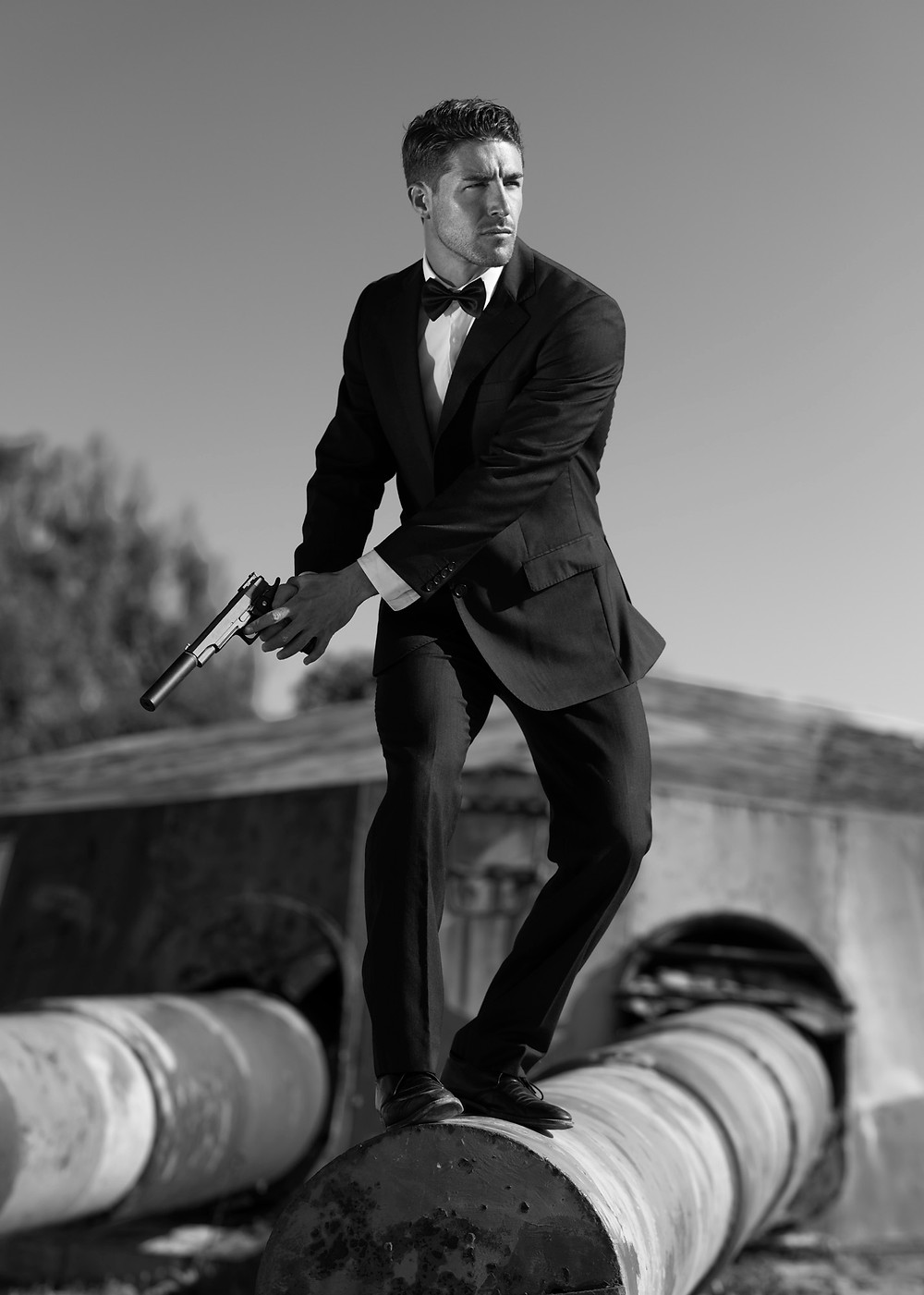James Bond inspiration. Portrait photography.