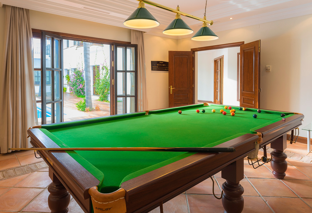 Billiards room.