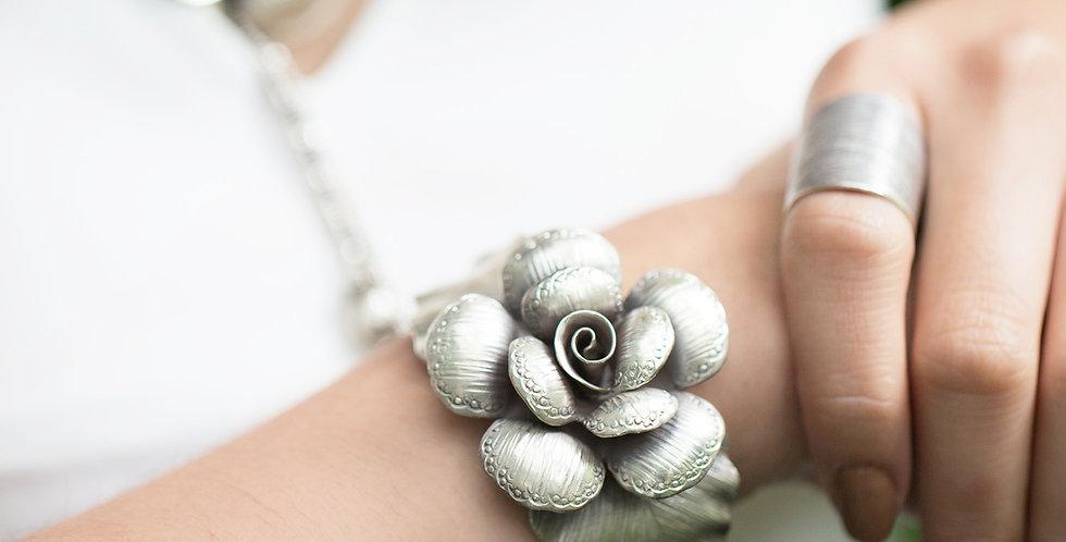 Rosé Bracelet in Oxidized Silver